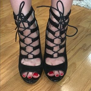 Anne Michelle black lace up booties